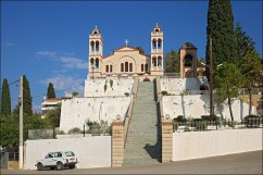 Церковь и Нива