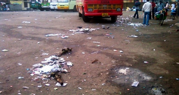 The Dirty Kaloor Private Bus Stand, Ernakulam, Kerala