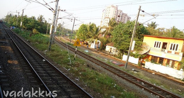 Two railway Mainlines conjoining ar Ernakulam Junction