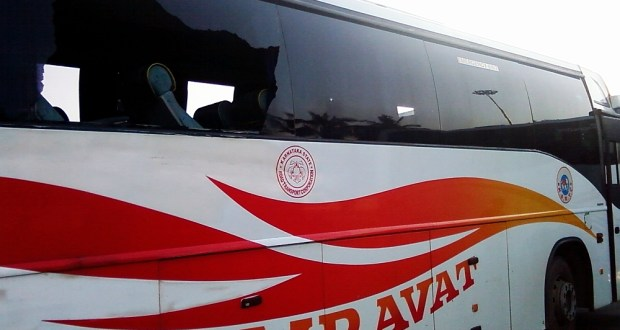 A KSRTC Volvo B7R after an accident with missing windows