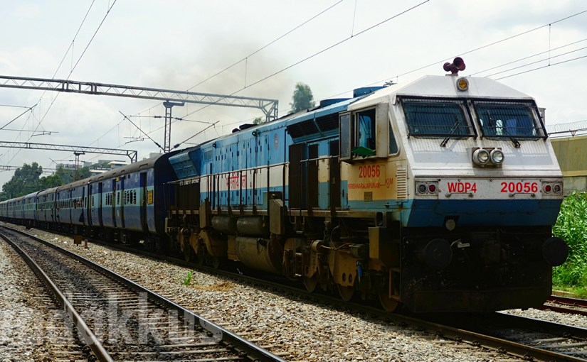 "A ""Real"" Train: SHF KJM's WDP4 #20056 Heads the Prasanti Express"