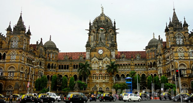 Photo of the CST heritage building in Mumbai