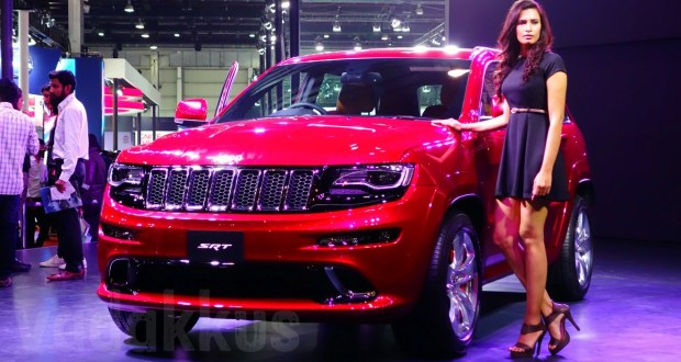 Jeep Grand Cherokee SRT SUV Picture