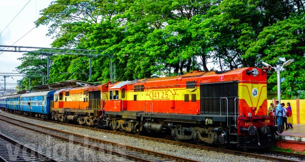 Twin Diesel ALCO Locomotives Indian Railways Ernakulam Kerala