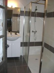 Salle de bains - La Tour - Ferme de Fouliouze