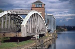 Barton swing bridge