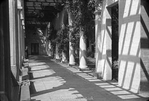 Corridor in black & white