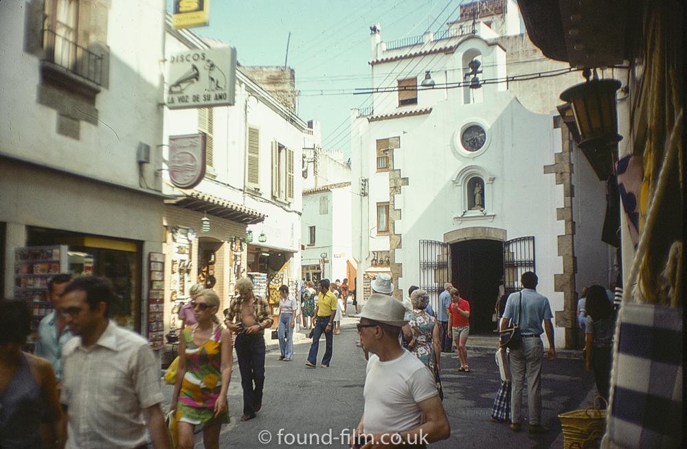 Spanish street scene - August 1975