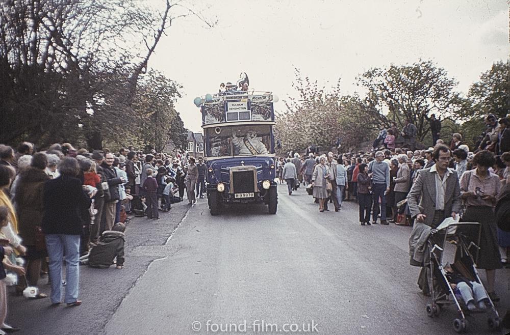Fulham bus