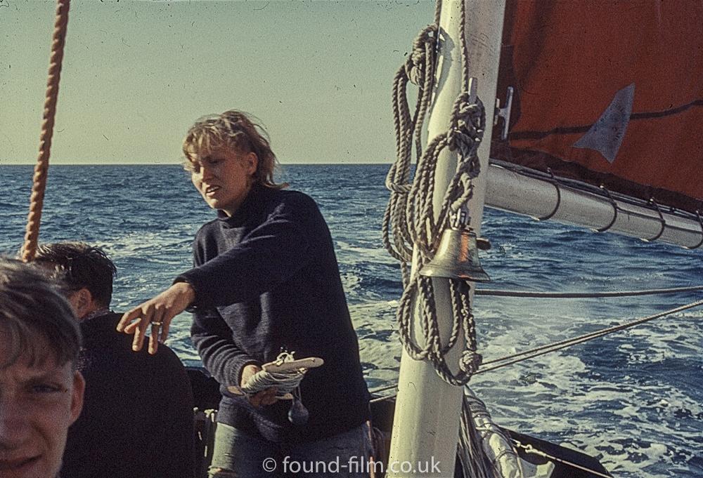 Perutz slide film - Sailing boat crew