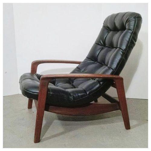 Huber Scoop Chair (#1)