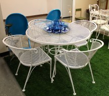 In Ithaca Vintage Wire Patio Set Sold