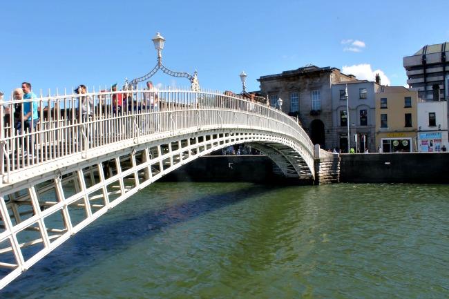 Ha'Penny Bridge_Dublin