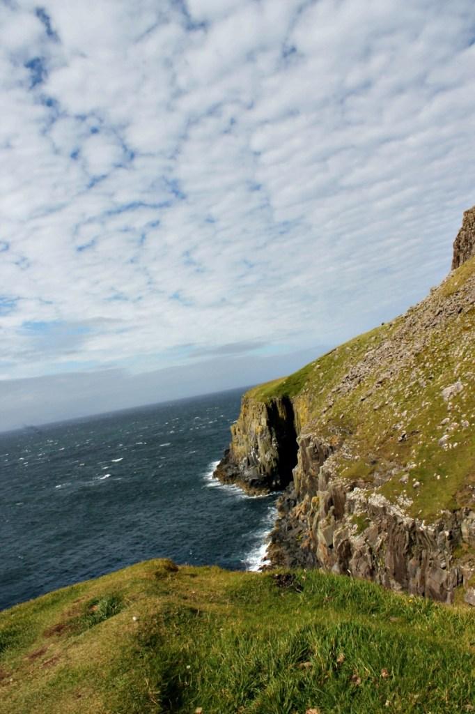 Neist Point Lighthouse_Scotland_10