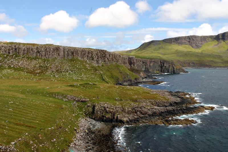 Neist Point Lighthouse_Scotland_5