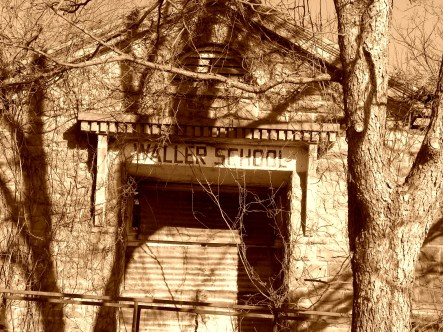 Waller School Is Not Open (©2011 Tisha Clinkenbeard)