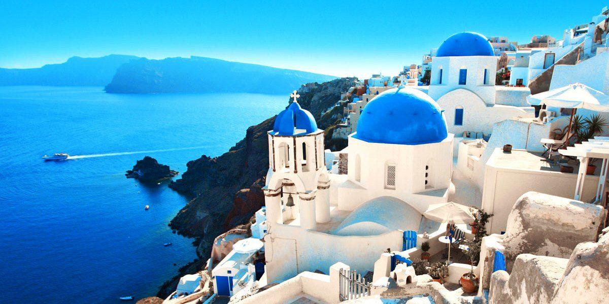 https://i0.wp.com/foundtheworld.com/wp-content/uploads/2014/11/Santorini-Greece.jpg