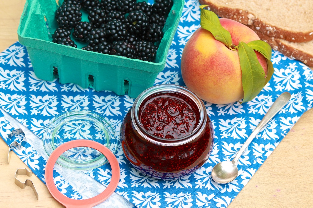 No Sugar Homemade Jam Choose Your Favorite Flavor Even Use Frozen Fruit In This Easy Small Batch Recipe The Fountain Avenue Kitchen