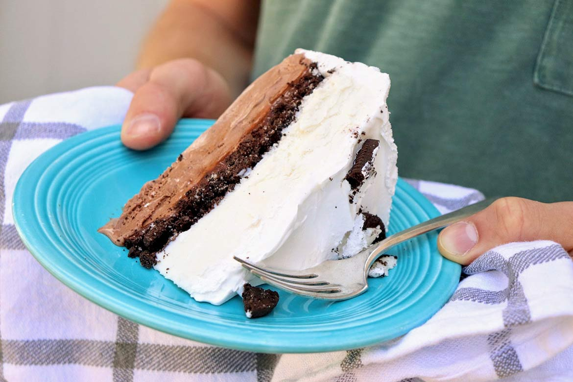 Copycat Dairy Queen Ice Cream Cake The Fountain Avenue Kitchen