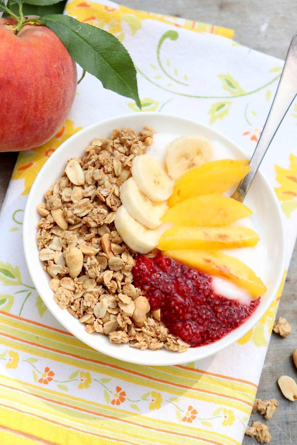 How to Build a Better Yogurt Bowl ~A yogurt bowl might not sound like anything new and exciting, but a slightly different approach can turn this easy breakfast into a new favorite — and it just so happens to be healthy, filling, and undeniably satisfying!