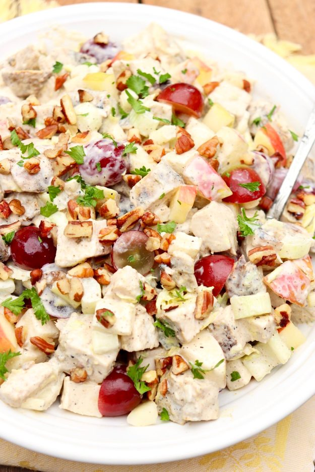 WALDORF CHICKEN SALAD - Loaded with lean protein and fresh produce and perfect as a packable lunch or quick dinner