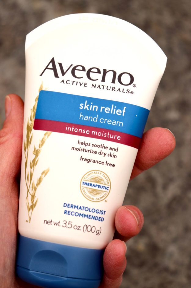 Hand cream that provides deep moisture without feeling greasy