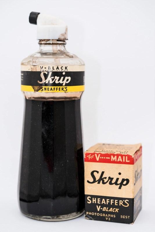 Identifying Vintage Fountain Pen Ink Bottles and Boxes skrip v-black
