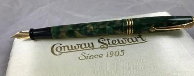 """Conway Stewart 58 LE """"Creme de Menthe"""" casein"""