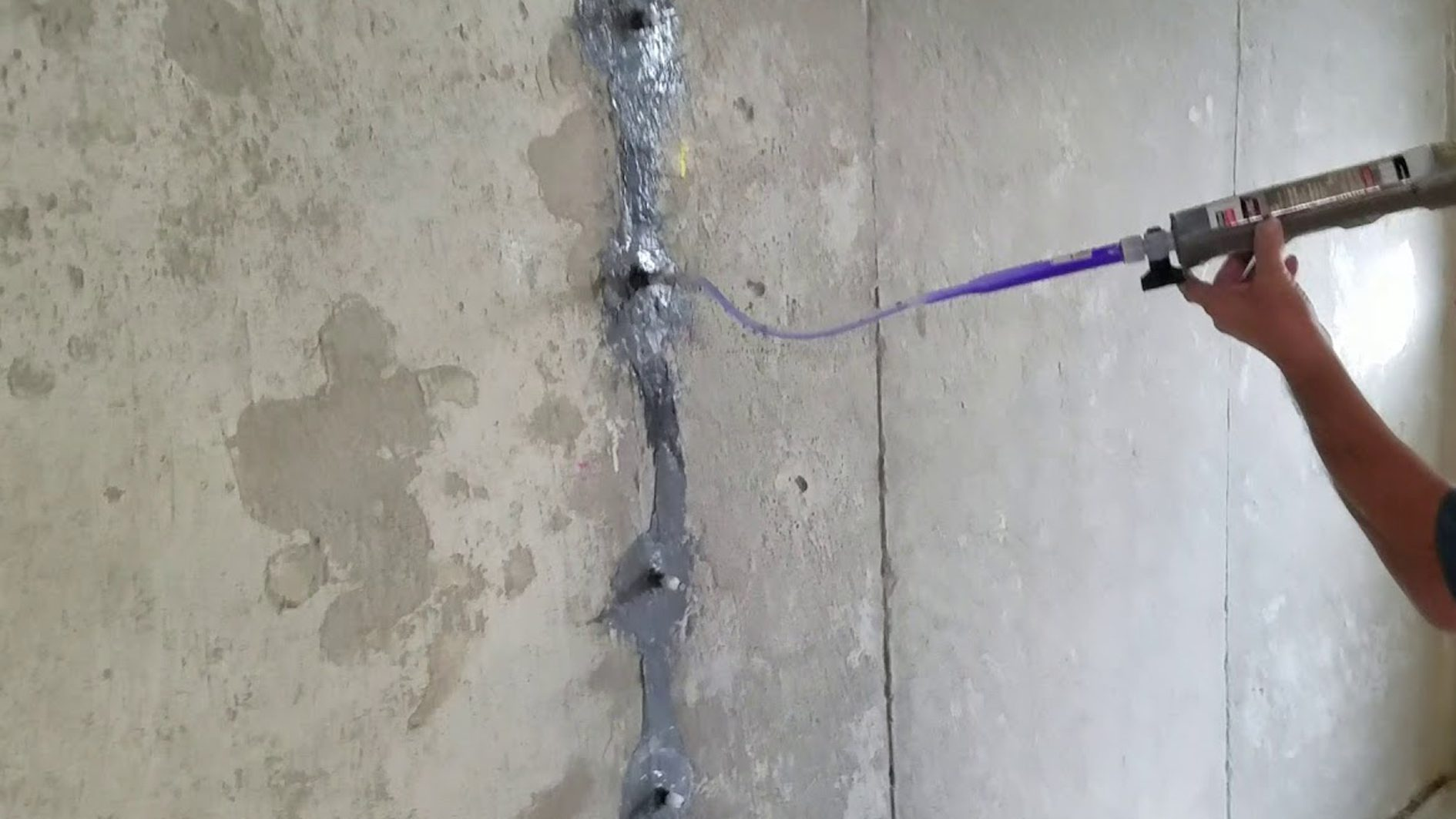 Crack Repair Injection Systems Increase Concrete Density