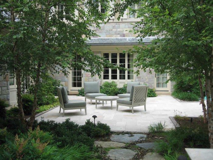 Contemporary Garden And Patio Furniture Arrangement Ideas