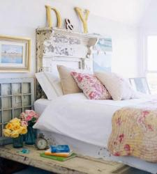 bedroom cottage cozy headboard bedrooms chic shabby bed door interior distressed platform decorating decor creative examples country awesome bedding room