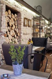 19 Coffee Shop and Cafe Interior Design Must