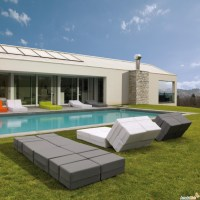 Ultra-Modern Outdoor Chaise Lounges for Relaxation ...