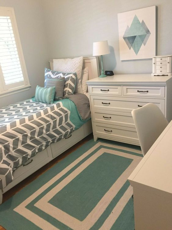 25 SMALL BEDROOM DECORATING IDEAS ON A BUDGET - Small ...
