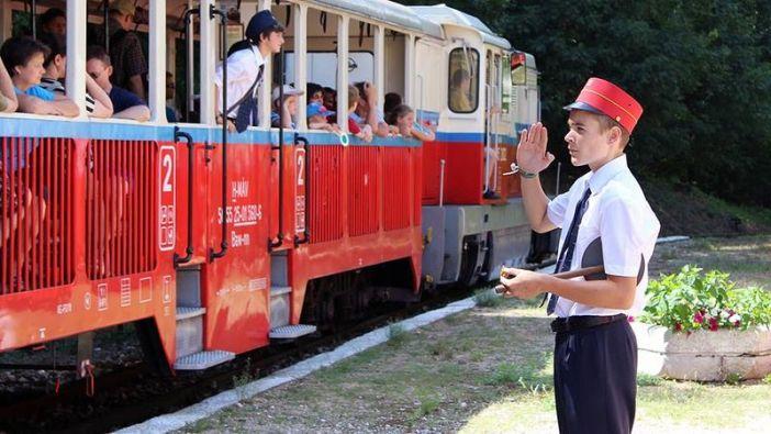Интересные места Будапешта для детей - детская железная дорога