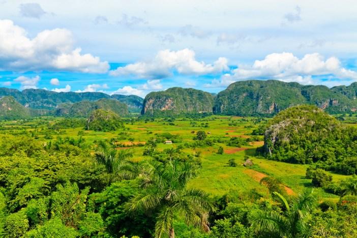 Долина Виньялес - национальный парк Кубы