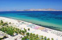 Пляж на курорте Тигаки (о. Кос, Греция)