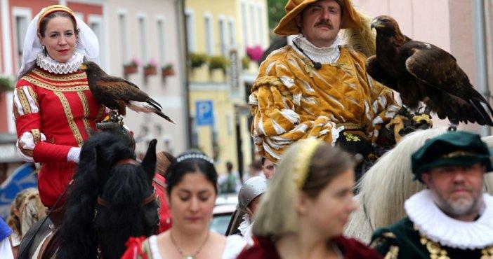 Фестиваль Пятилепестковой розы (Чешский Крумлов, Чехия)