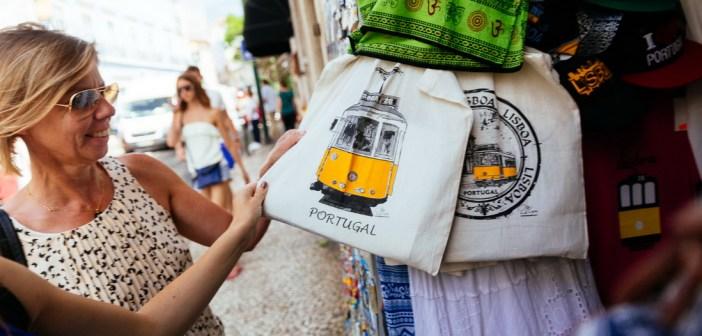 Сувениры из Португалии — что привезти из Португалии