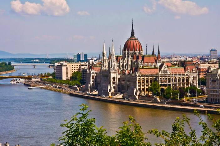 Куда съездить из Вены на один день: Будапешт, Венгрия