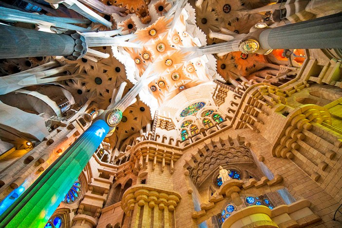 Саграда Фамилия — шедевр Гауди в Барселоне