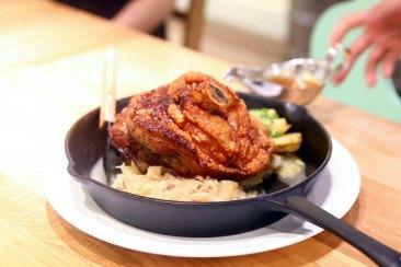 Еда на Октоберфесте: Жареные цыплята (нем. Brathendl)