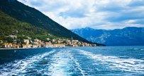 Вид на Пераст с катера (Черногория)