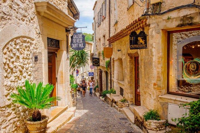 Старый город Сен-Поль-де-Ванса (Франция)
