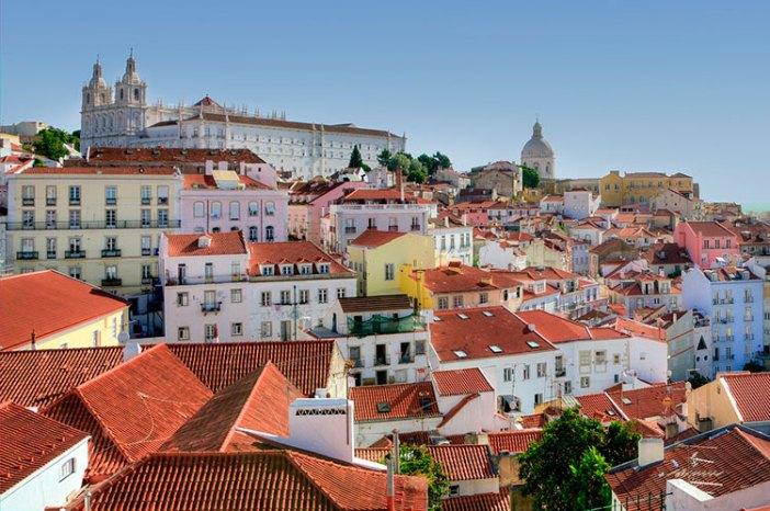 Исторический район Алфама в Лиссабоне