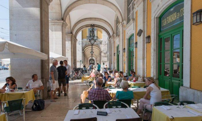 Лучшие кафе Лиссабона: Martinho da Arcada