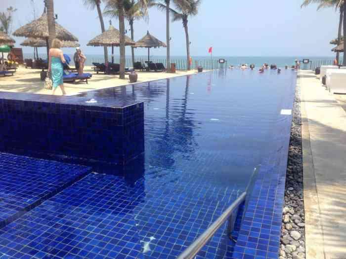 Sunrise Hoi An Beach Resort
