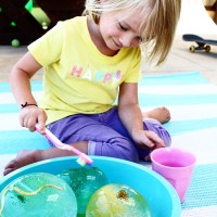 FROZEN WATER PLAY - sensory play for kids