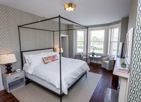 Hague Suite