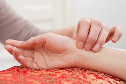 Chicago Acupuncturist: How to Find the Right Person for You